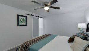 Ceiling fans for small rooms with low ceilings