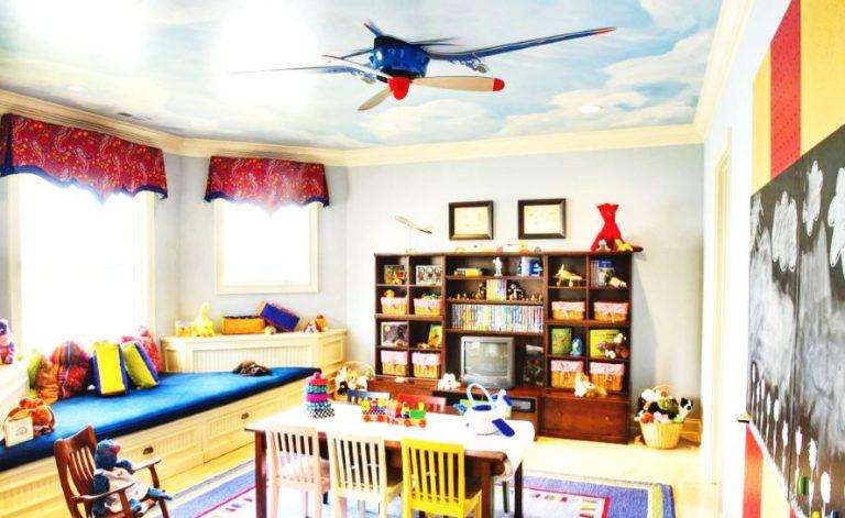 Nursery ceiling fan with light